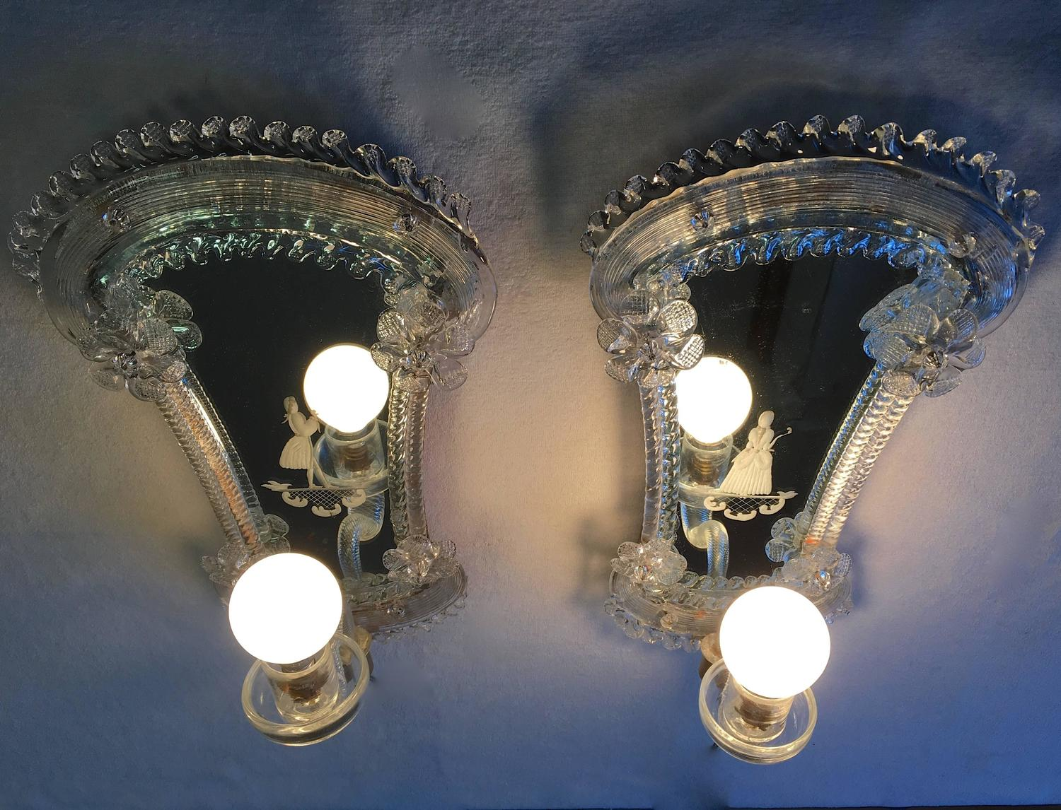 Venetian Glass Wall Lights : Pair of Classic Venetian Glass Wall Lights For Sale at 1stdibs