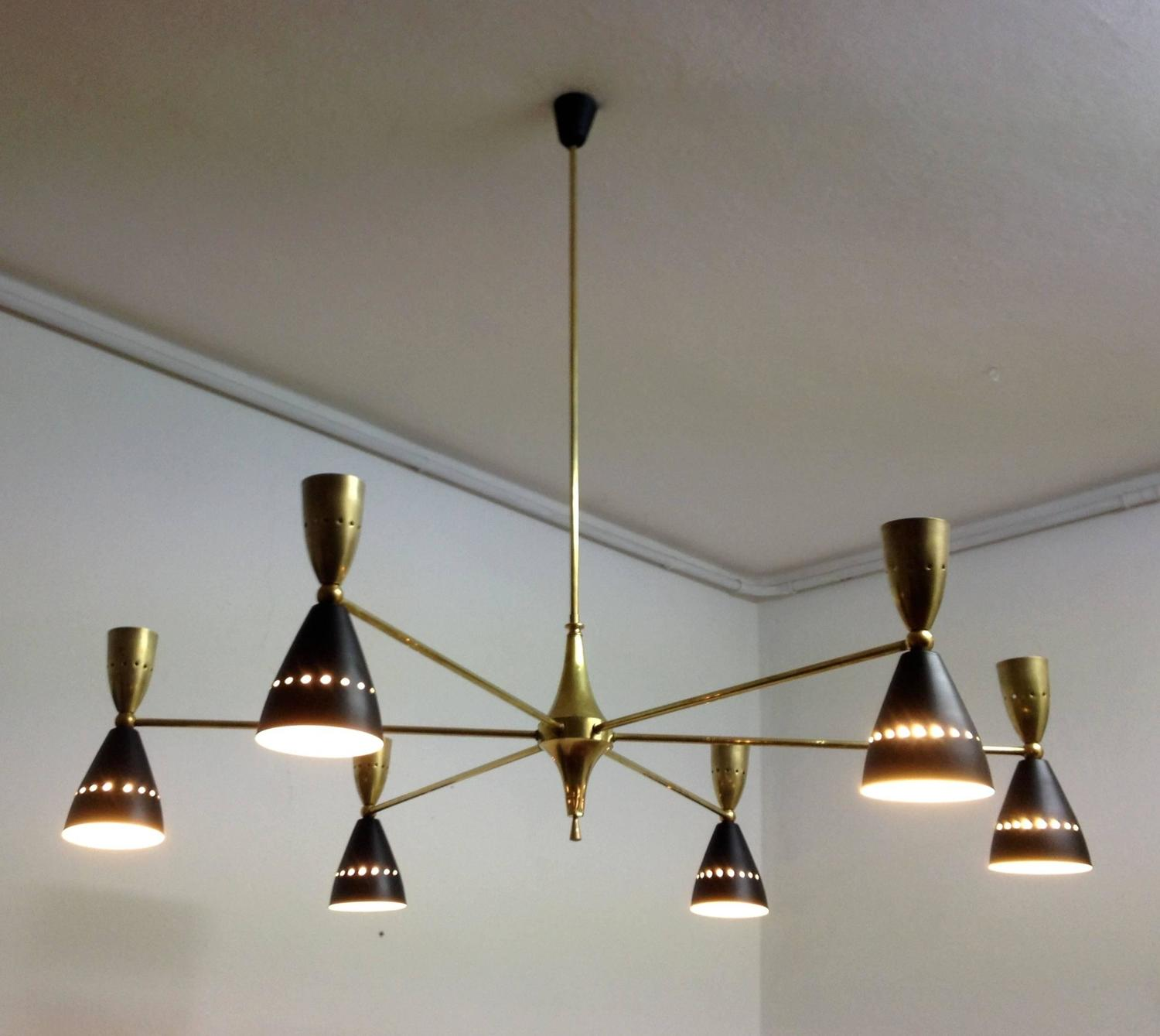 large and authentic double coned italian mid century sputnik chandelier at 1stdibs. Black Bedroom Furniture Sets. Home Design Ideas