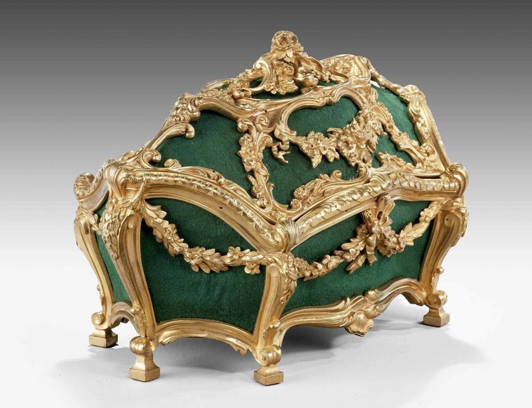 Mid-19th Century Casket For Sale 1