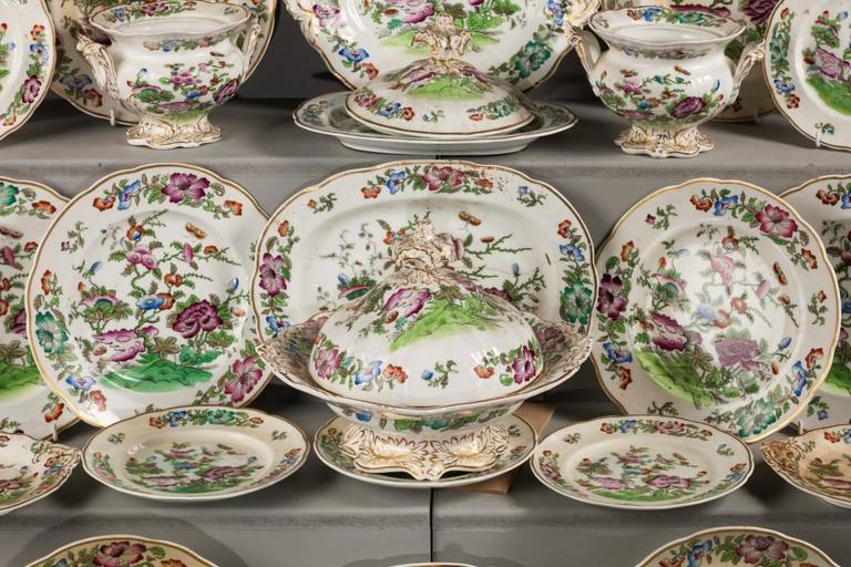English Mid-19th Century Oriental Design Part Dinner Service For Sale