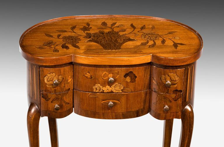 English Late 19th Century Continental Marquetry Commode For Sale
