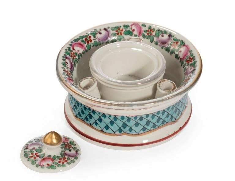 English Early 20th Century Continental Porcelain Inkwell For Sale