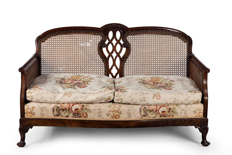 Early 20th Century Mahogany Framed Bergere Sofa In Good Condition For Sale In Peterborough, Northamptonshire