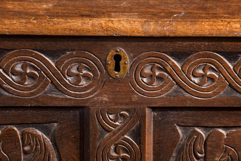17th Century Charles II Period Oak Dower Chest of Good Size For Sale