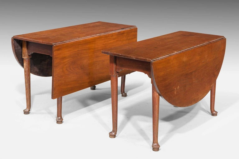 18th Century Early George III Period Mahogany Dining Table For Sale