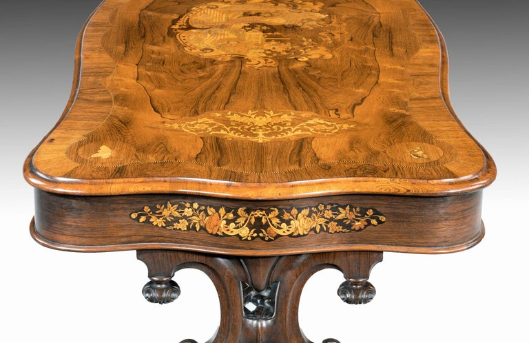Superb 19th Century Rosewood, Kingwood and Marquetry Centre Standing Table For Sale 2