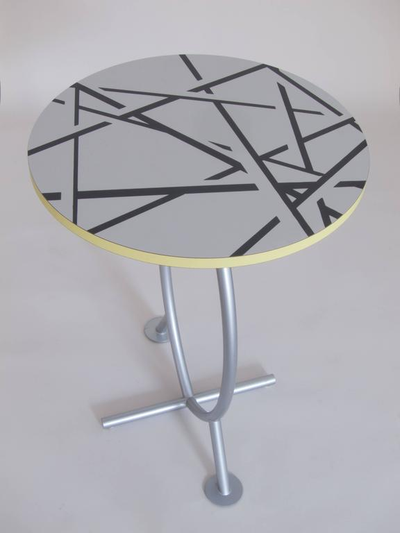 "Occasional Table ""Cairo"" by Michele De Lucchi In Good Condition For Sale In Vienna, AT"