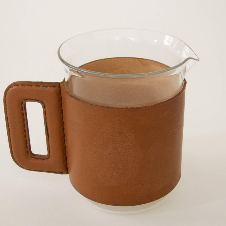 Mid-20th Century Pitcher with Four Glasses and a Bamboo Muddler For Sale