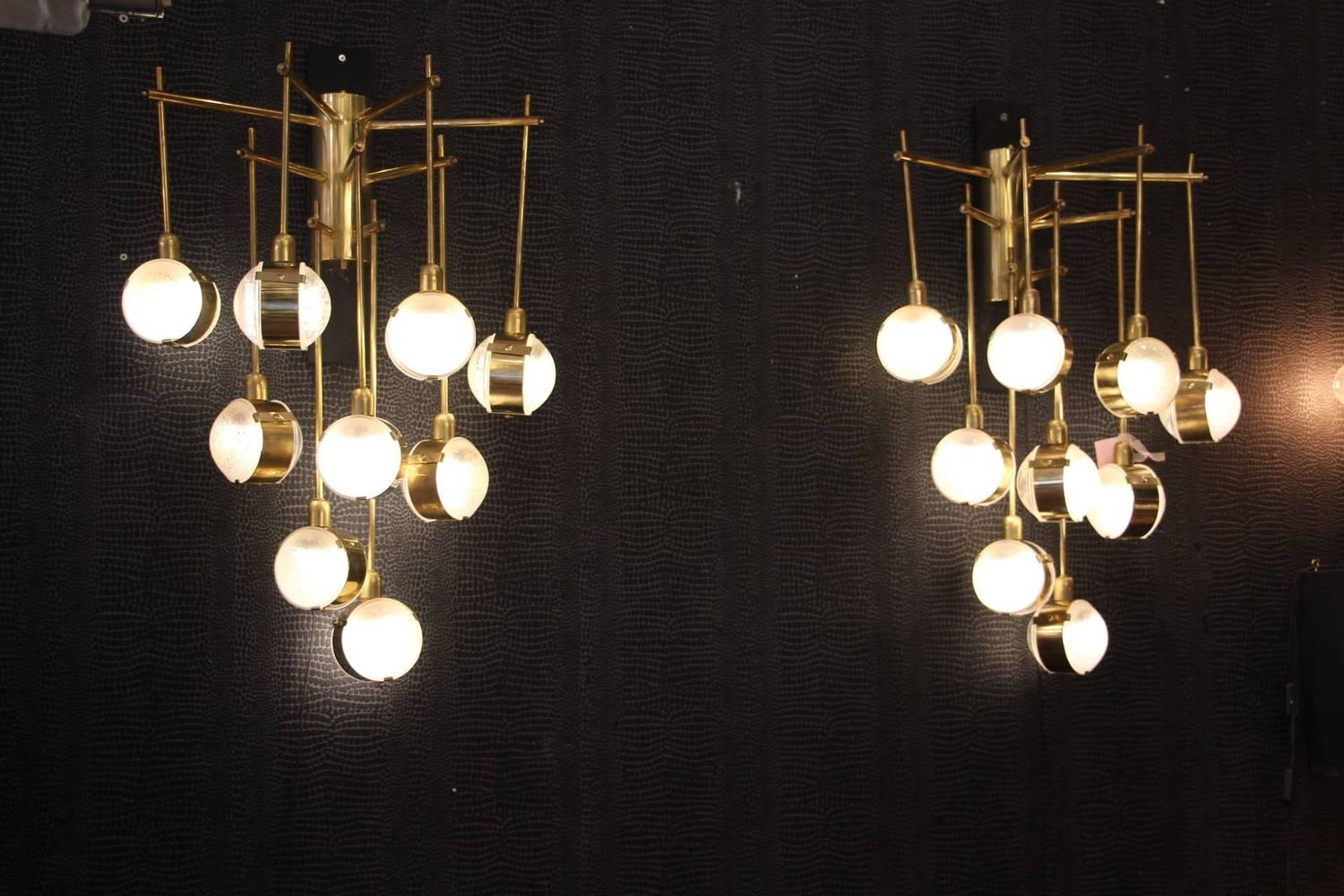 Italian Modern Mid Century Long Pair Of Brass And Glass Sconces For Sale at 1stdibs