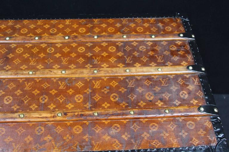 Brass 1900s Louis Vuitton Courrier Steamer Trunk in Woven Canvas,Malle Louis Vuitton For Sale