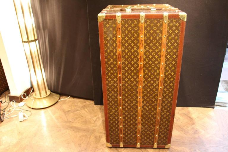 Large Louis Vuitton Wardrobe Steamer Trunk with Lift Top,Malle Louis Vuitton 4