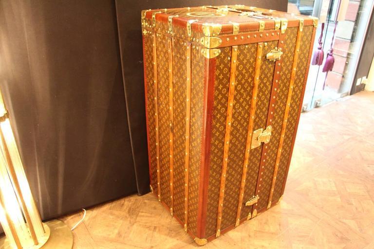 Large Louis Vuitton Wardrobe Steamer Trunk with Lift Top,Malle Louis Vuitton 10