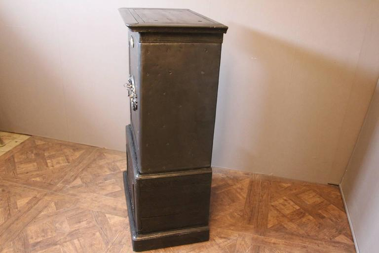Black Steel, Iron and Wood Safe with All Keys and Working Combination by Petitje In Excellent Condition For Sale In Saint-Ouen, FR