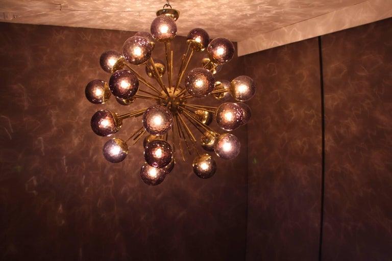 Midcentury Style Italian Sputnik Brass and Purple Murano Chandelier For Sale 4