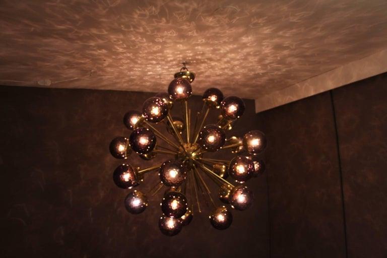 Midcentury Style Italian Sputnik Brass and Purple Murano Chandelier For Sale 3