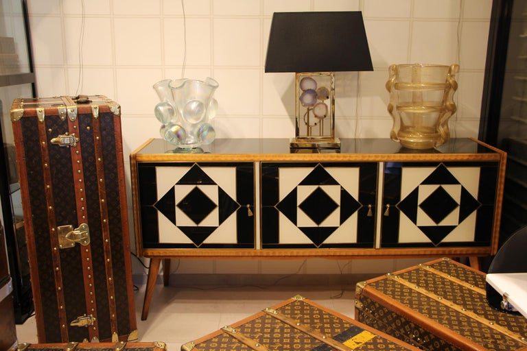 Italian Black and White Sideboard or Credenza in Murano Glass and Brass Inlay For Sale 11