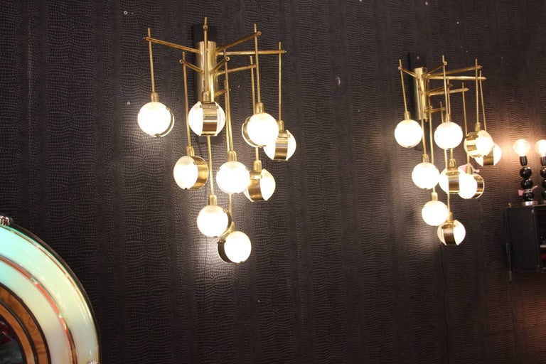 Italian Modern Midcentury Long Pair of Brass and Glass Sconces In Excellent Condition For Sale In Saint-Ouen, FR