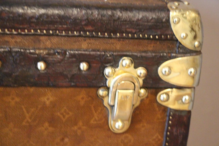 Early 20th Century 1930s Stenciled Monogram Louis Vuitton Trunk, Malle Louis Vuitton For Sale
