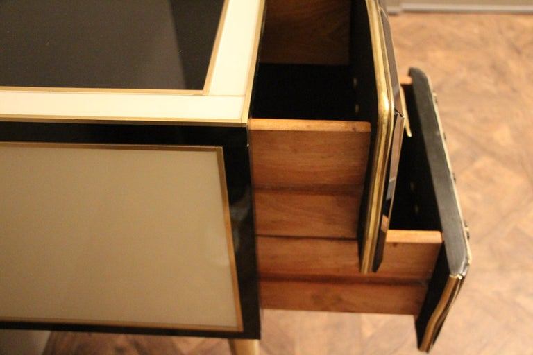 Mid-20th Century Italian Black and White Sideboard or Credenza in Murano Glass and Brass Inlay For Sale