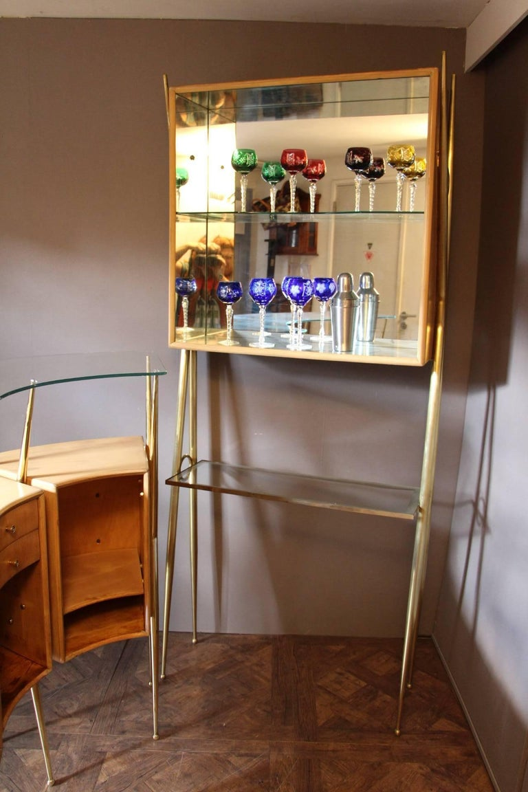 Mid-20th Century Midcentury Italian Dry Bar Cabinet in the Style of Gio Ponti in Maple For Sale