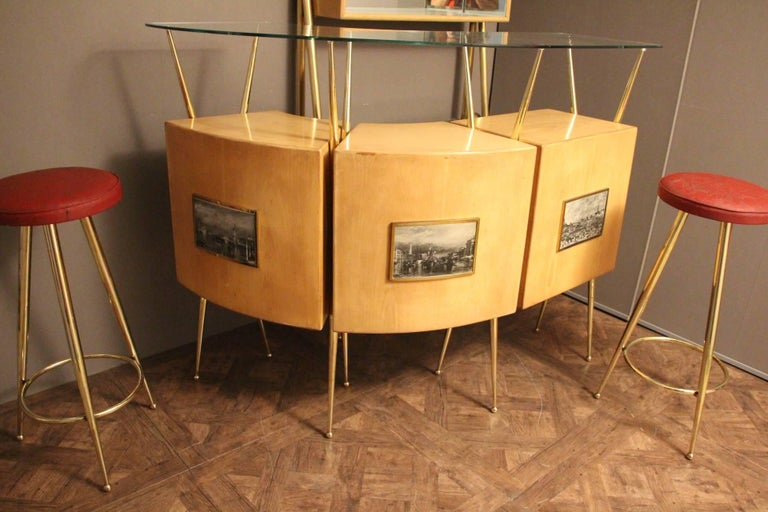 Midcentury Italian Dry Bar Cabinet in the Style of Gio Ponti in Maple For Sale 3