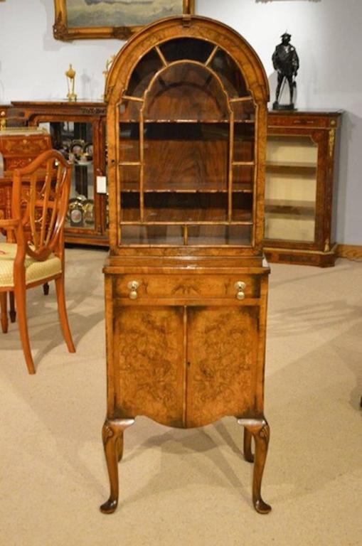 Beautiful Small Burr Walnut Georgian Revival Cabinet 3