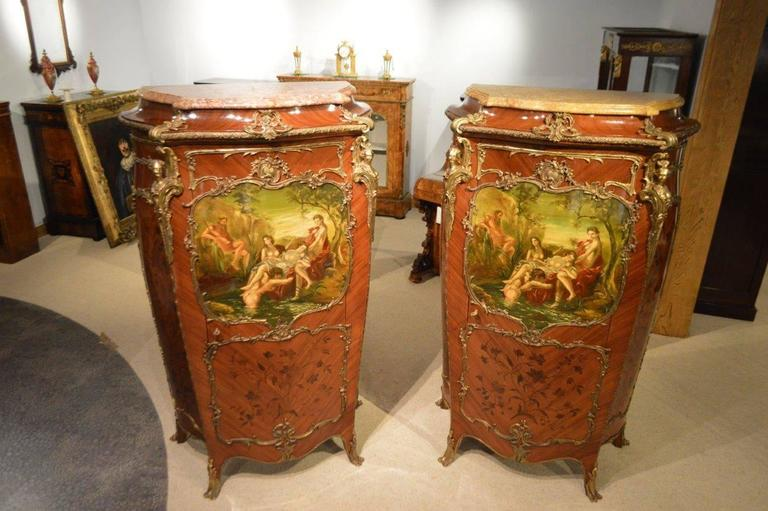 Edwardian Pair of Mahogany Ormolu-Mounted French Serpentine Cabinets with Vernis Martin For Sale
