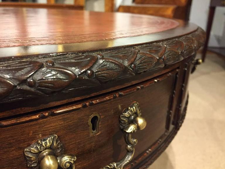 Fine Quality Mahogany Chippendale Revival Antique Drum Table For Sale 1