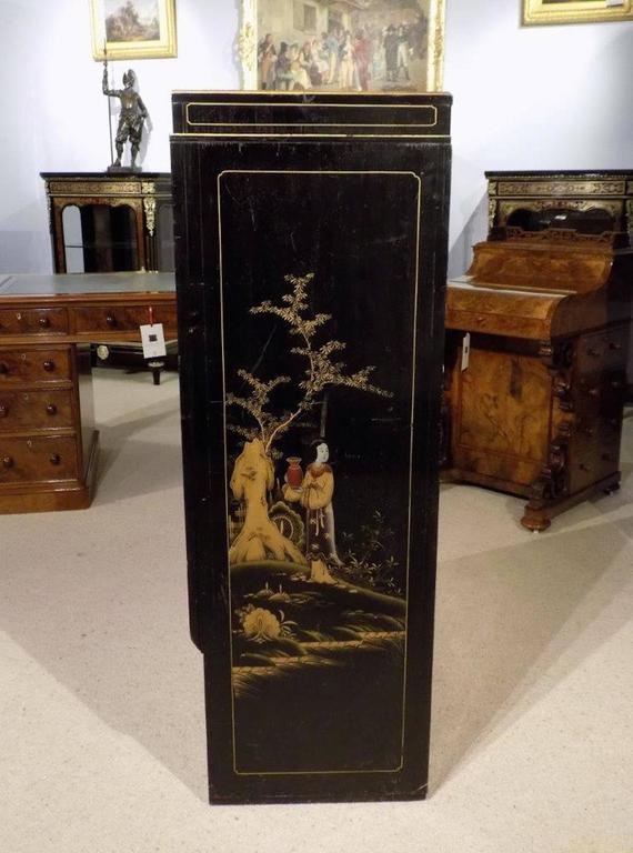 Striking Chinoiserie Lacquered Art Deco Period Cocktail Cabinet 3