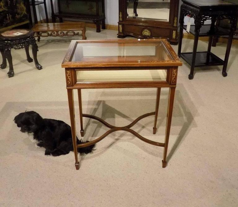 Beautiful Mahogany and Marquetry Inlaid Edwardian Antique Bijouterie Cabinet For Sale 2