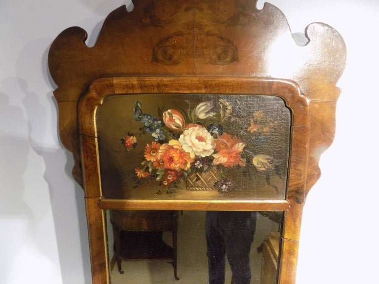 Small Walnut Queen Anne Style Wall Mirror In Excellent Condition For Sale In Darwen, GB