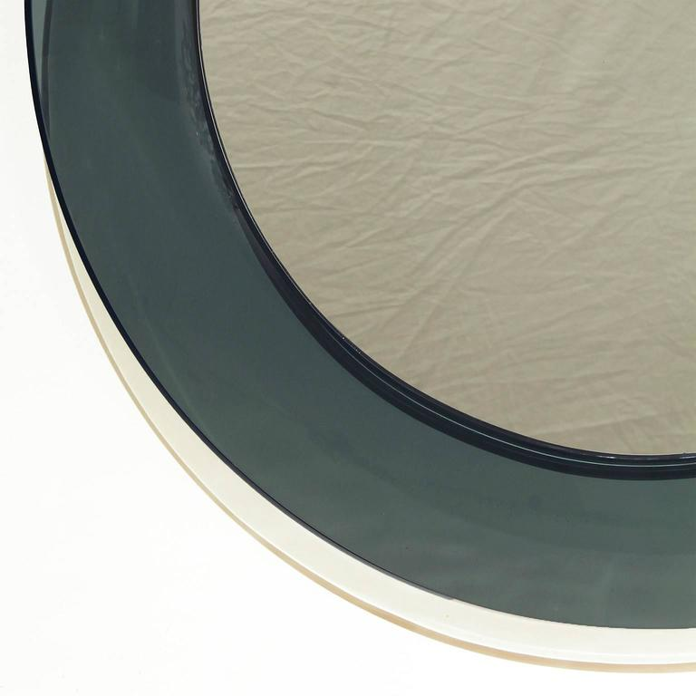 Mid-Century Modern 1960´s Round Mirror by Cristal Art, green gray rounded cristal frame - Italy For Sale