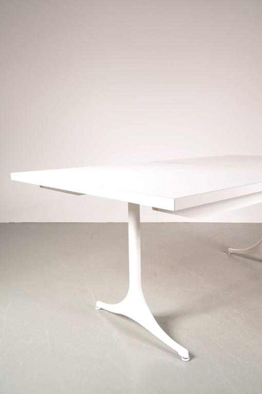 American Extendable Dining Table by George Nelson for Herman Miller, USA, circa 1960 For Sale