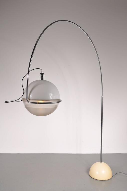 """Focus"" Arc Lamp by Fabio Lenci for Guzzini, Italy, circa 1960 For Sale 2"
