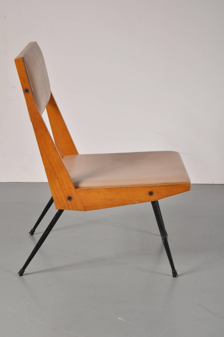 A unique easy chair attributed to Carlo di Carli, produced in Italy, circa 1950.