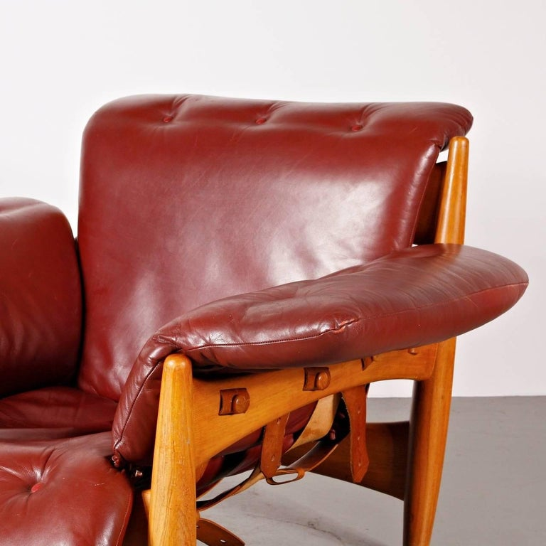 Italian Sergio Rodrigues Sheriff Chair for ISA Bergamo, Italy, 1960 For Sale