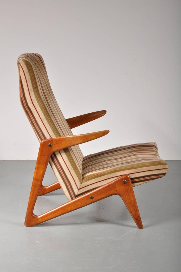 Eye-catching lounge chair, attributed to Alfred Hendrickx for Belform in Belgium, 1950s.