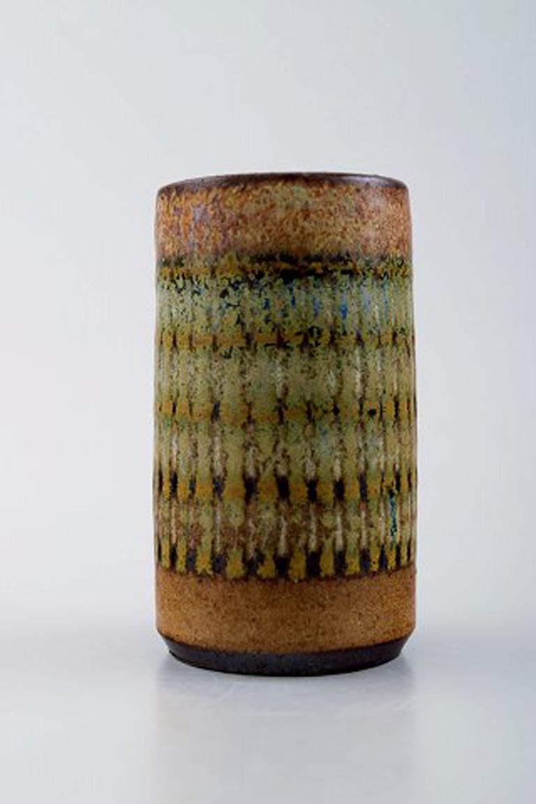 Wallakra Five Miniature Art Pottery Vases, Sweden, 1950s In Excellent Condition For Sale In Copenhagen, Denmark
