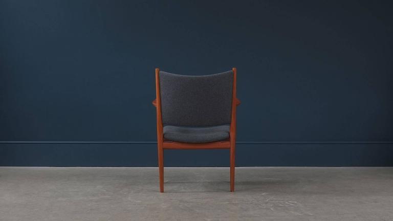 20th Century Hans Wegner JH713 Chair For Sale