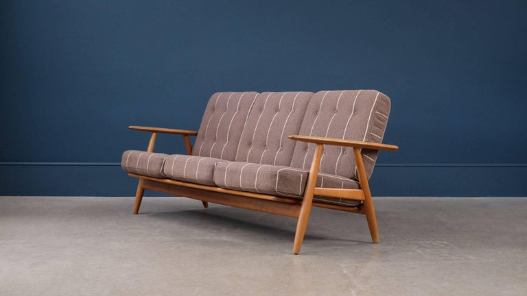 Hans Wegner Cigar Sofa 3