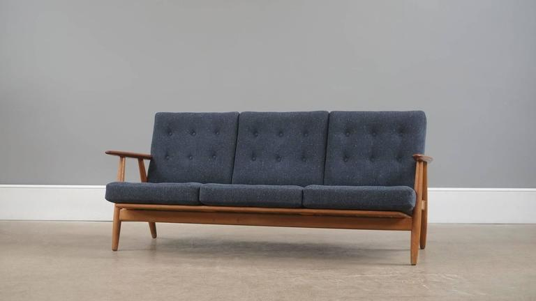 Attractive Hans Wegner Cigar Sofa 2