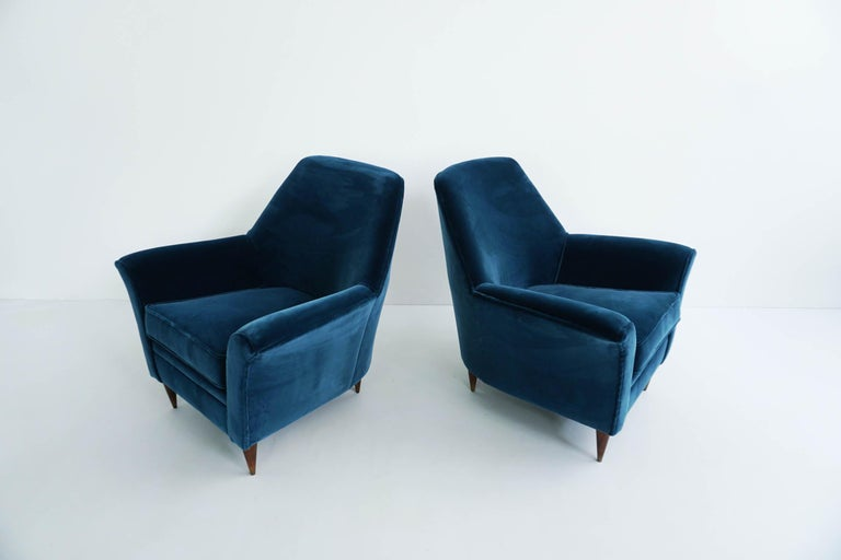 Mid-Century Modern Ico Parisi Lounge Chairs in Blue Lagoon Velvet For Sale