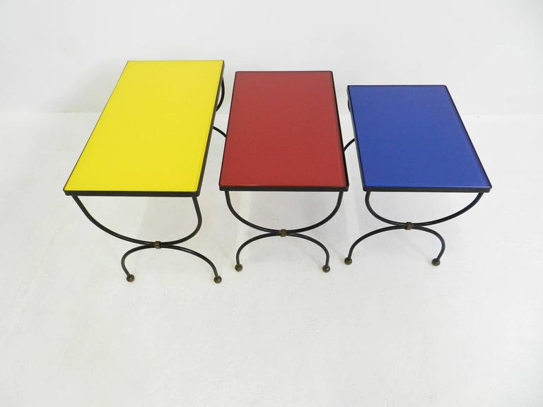 "French Set of Nesting Tables Attributed to Jean Royère with ""Mondrian"" Colored Glass For Sale"