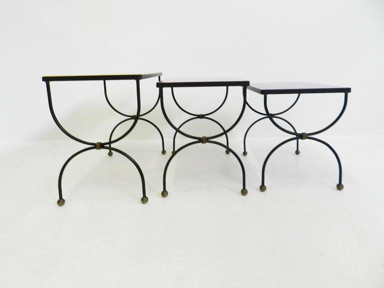 "Set of Nesting Tables Attributed to Jean Royère with ""Mondrian"" Colored Glass For Sale 1"