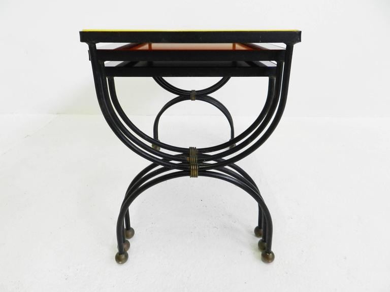 "Set of Nesting Tables Attributed to Jean Royère with ""Mondrian"" Colored Glass For Sale 2"