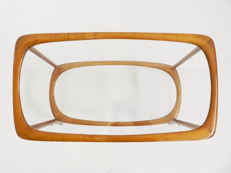 Italian Elegant Side Table Carlo de Carli Style For Sale