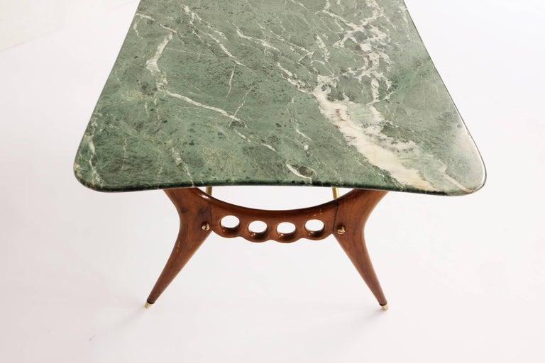 Beautiful Italian Mid-Century Modern Coffee Table  For Sale 2