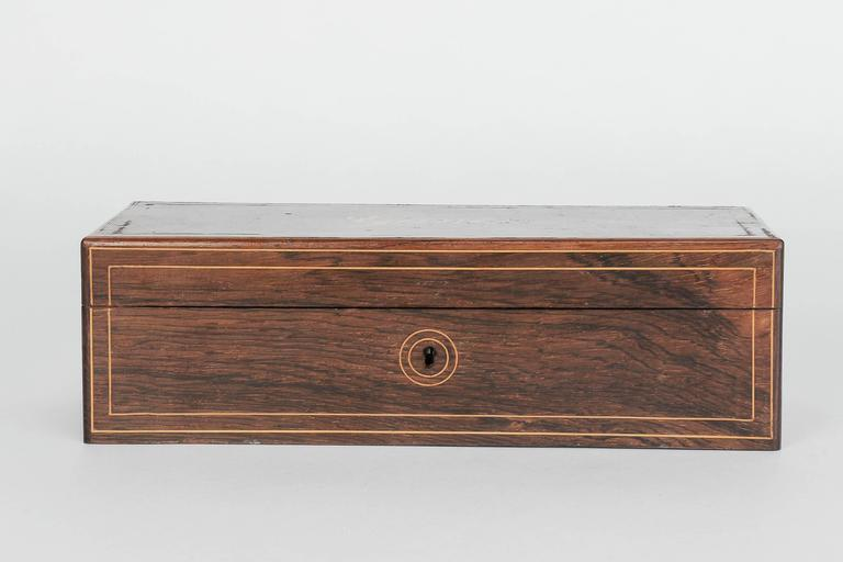French Glove Box Rosewood Bird's-Eye Maple Inlays Gants Napoleon III In Good Condition For Sale In Basel, CH