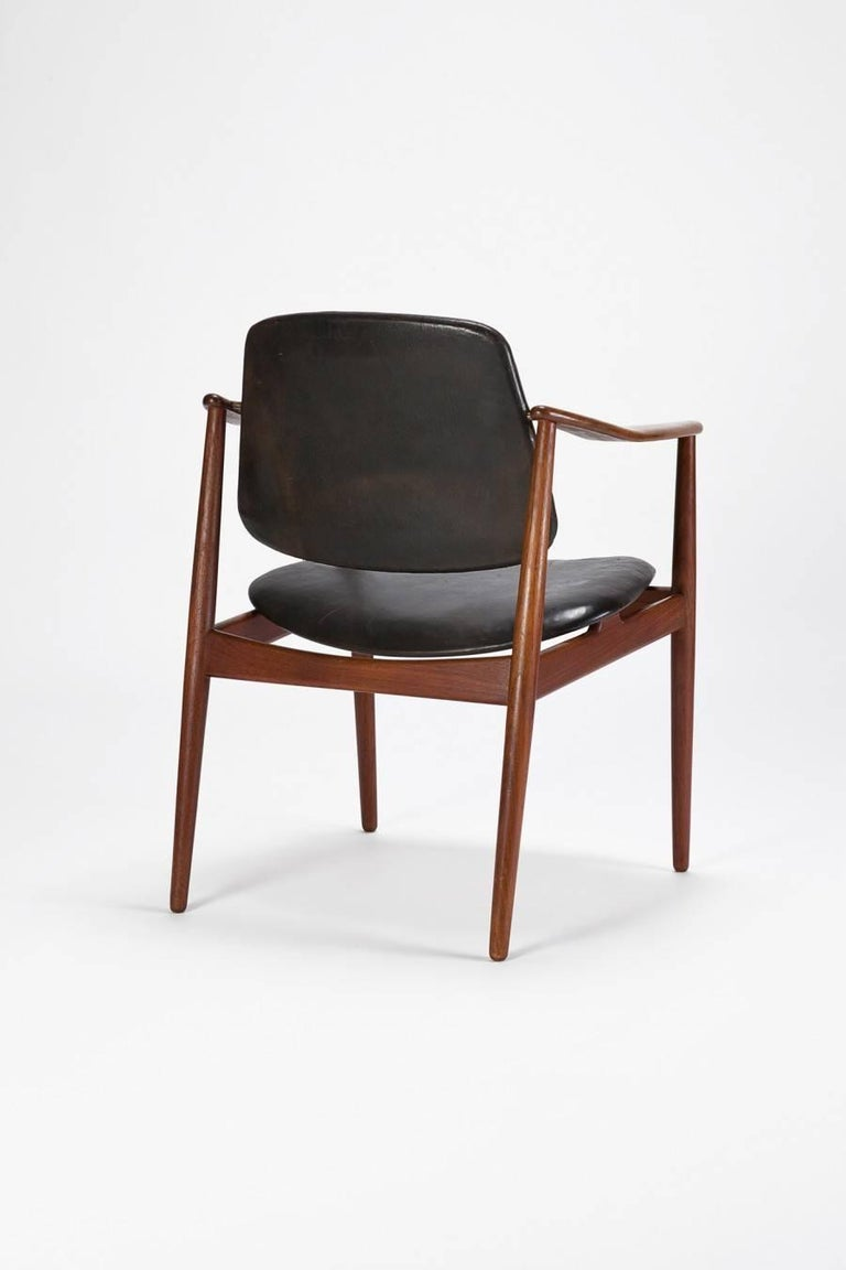 Mid-Century Modern Arne Vodder Chair Bovirke 50's For Sale