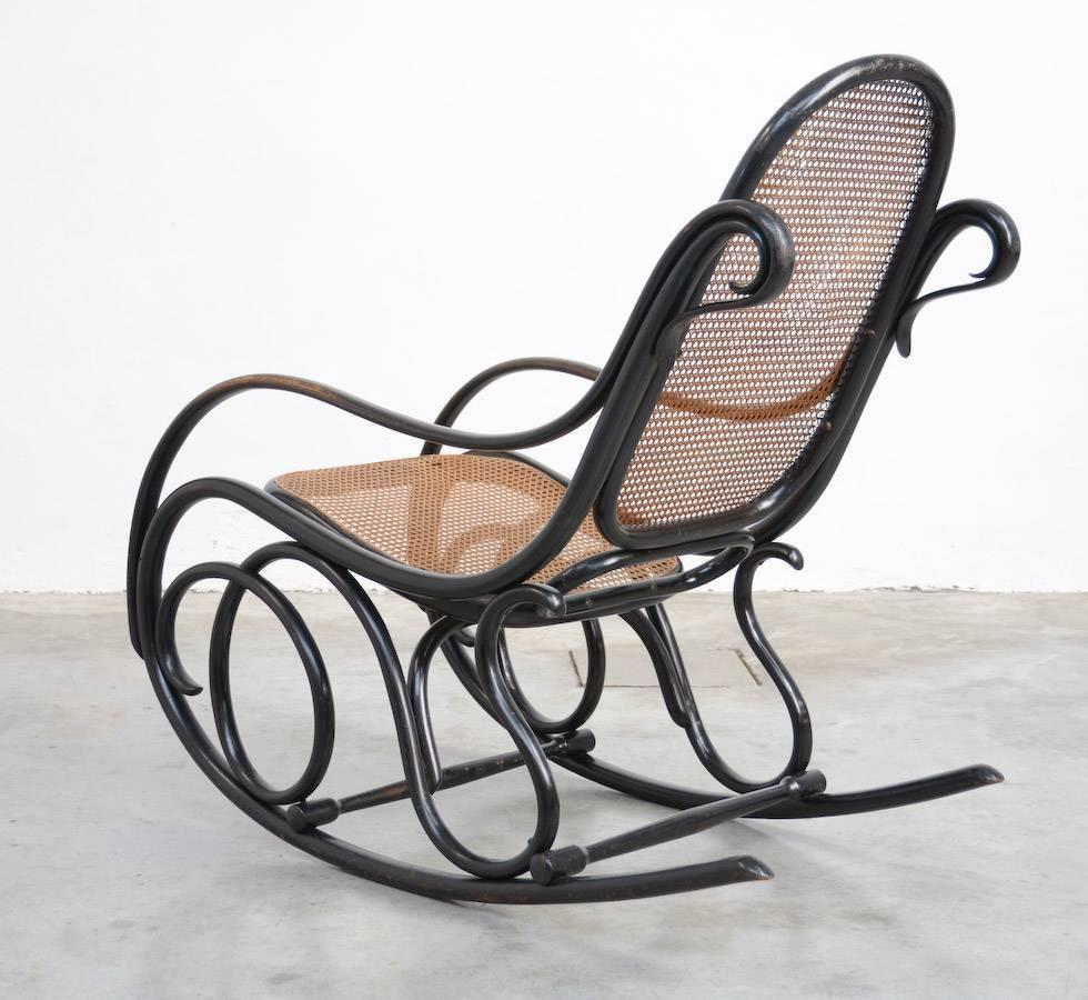 Old original rocking chair by michael thonet for gebruder for Thonet schaukelstuhl
